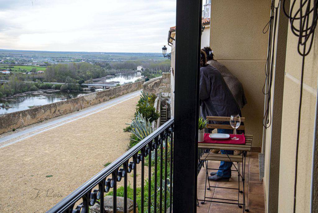 apartamentos-adarve-balcon-segundo